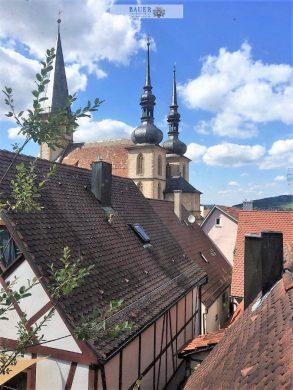 Ruhiges Wohnen im Zentrum der Stadt, 97990 Weikersheim, Einfamilienhaus